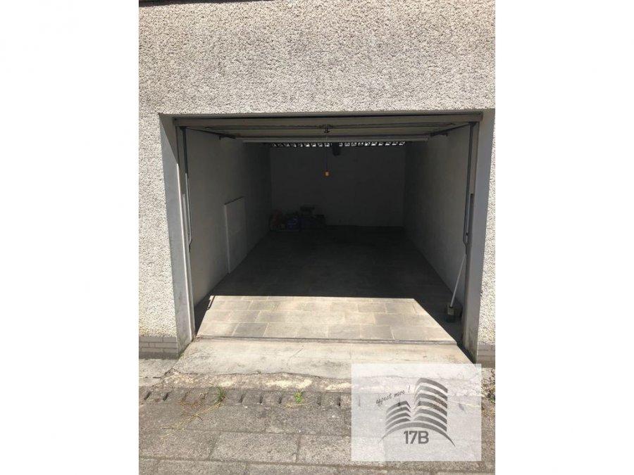 Garage fermé à louer à Oberkorn