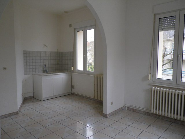 appartement louer metz 112 m 785 immoregion. Black Bedroom Furniture Sets. Home Design Ideas