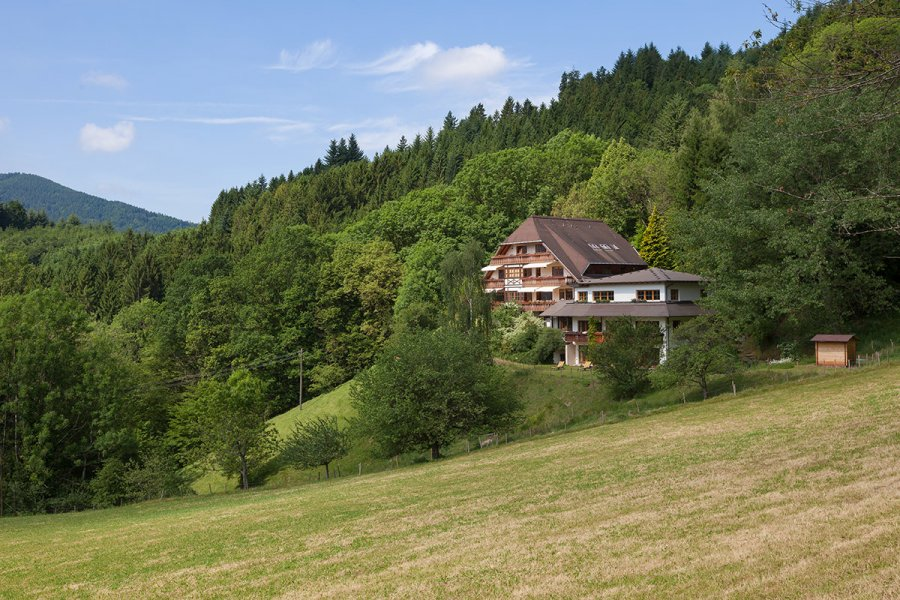 Haus zu verkaufen in Simonswald