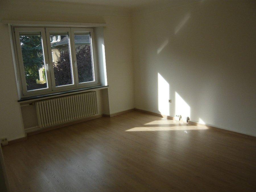 Maison mitoyenne à louer 5 chambres à Luxembourg-Belair