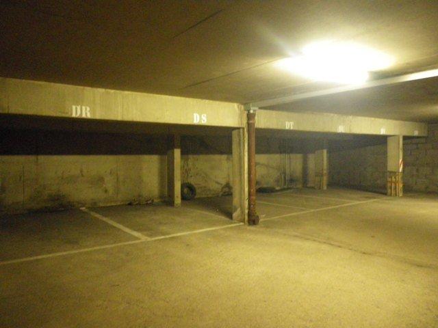 Garage - Parking à louer à Metz