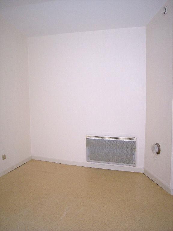 louer appartement 1 pièce 30 m² ligny-en-barrois photo 3