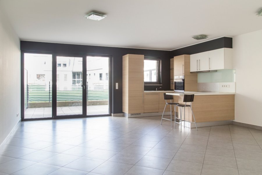 apartment for rent 2 bedrooms 94 m² roeser photo 1