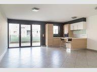 Appartement à louer 2 Chambres à Roeser - Réf. 6918207