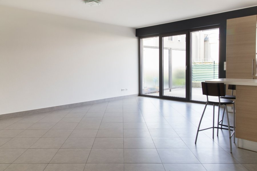 apartment for rent 2 bedrooms 94 m² roeser photo 3
