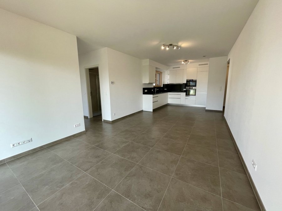 apartment for rent 2 bedrooms 77 m² strassen photo 6