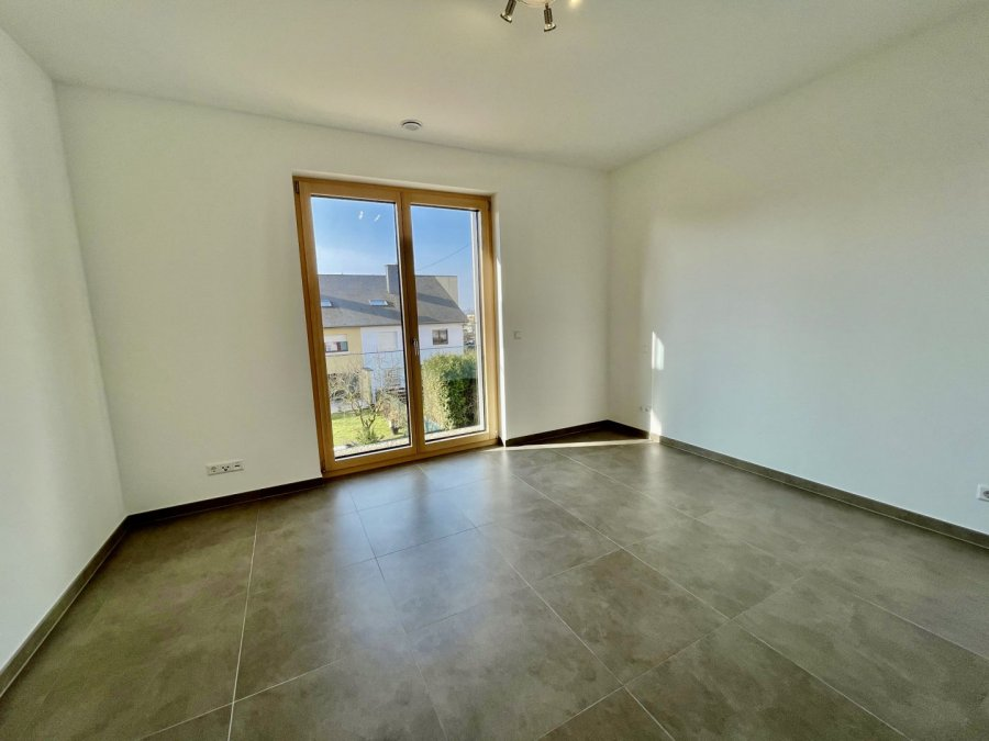 apartment for rent 2 bedrooms 77 m² strassen photo 7