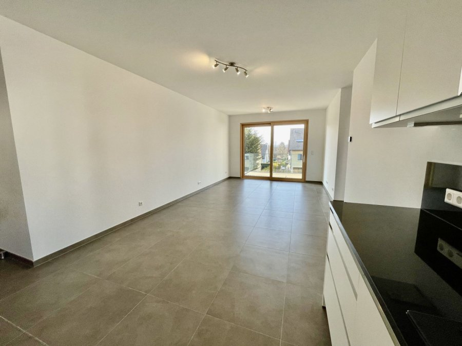 apartment for rent 2 bedrooms 77 m² strassen photo 3