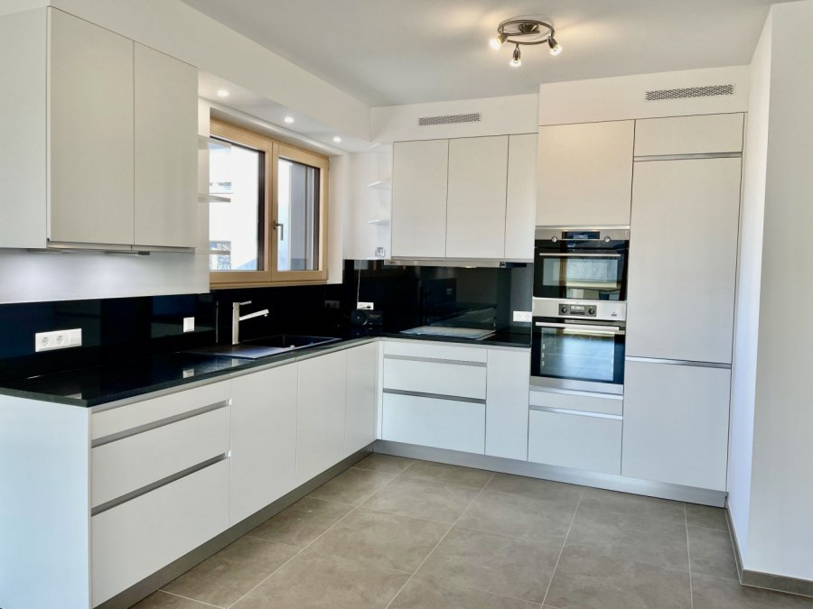 apartment for rent 2 bedrooms 77 m² strassen photo 1