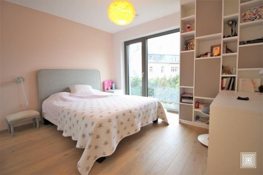 acheter villa 4 chambres 240 m² strassen photo 6
