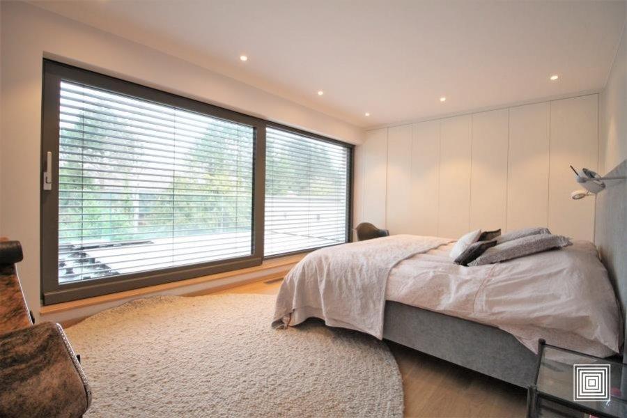 acheter villa 4 chambres 240 m² strassen photo 7