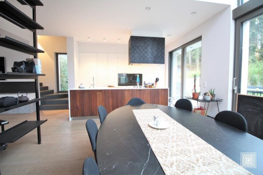 acheter villa 4 chambres 240 m² strassen photo 3