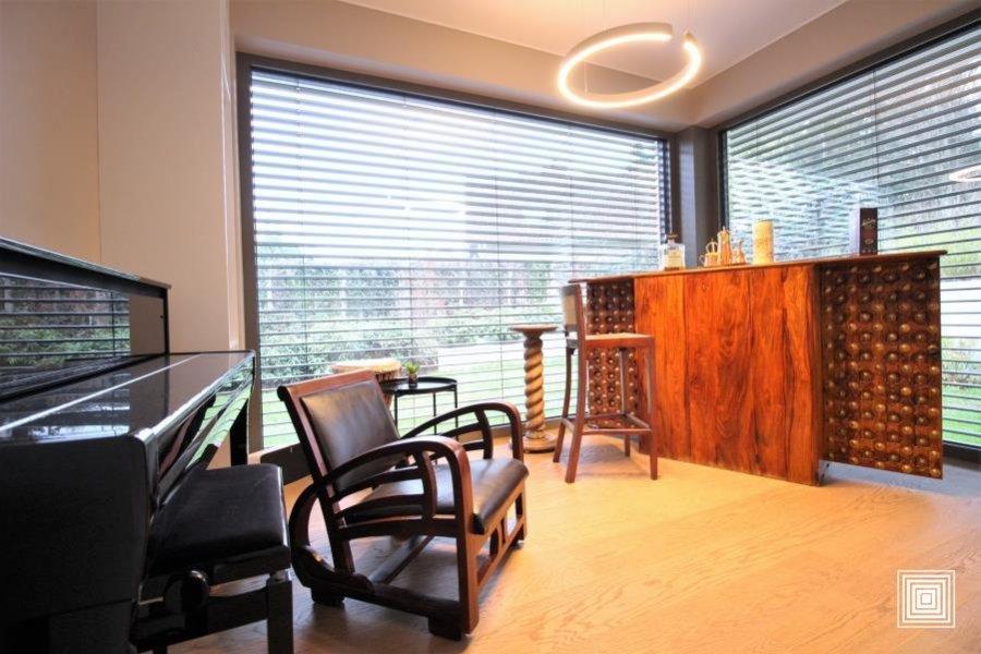 acheter villa 4 chambres 240 m² strassen photo 4