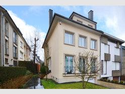 Maison jumelée à vendre 5 Chambres à Luxembourg-Belair - Réf. 6809679