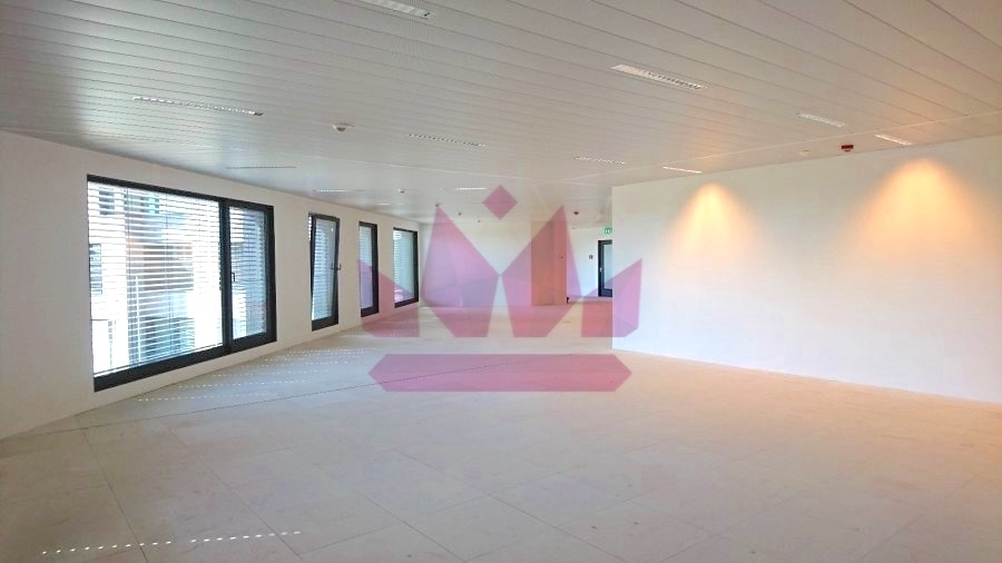 d3809408a4b13b ▷ Office to rent • Strassen • 343 m² • 9,900 €   atHome