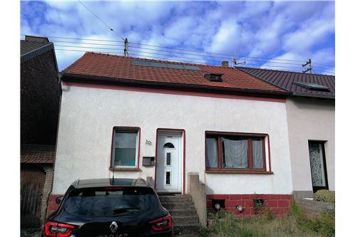 doppelhaushälfte kaufen 2 zimmer 105 m² schwalbach foto 1