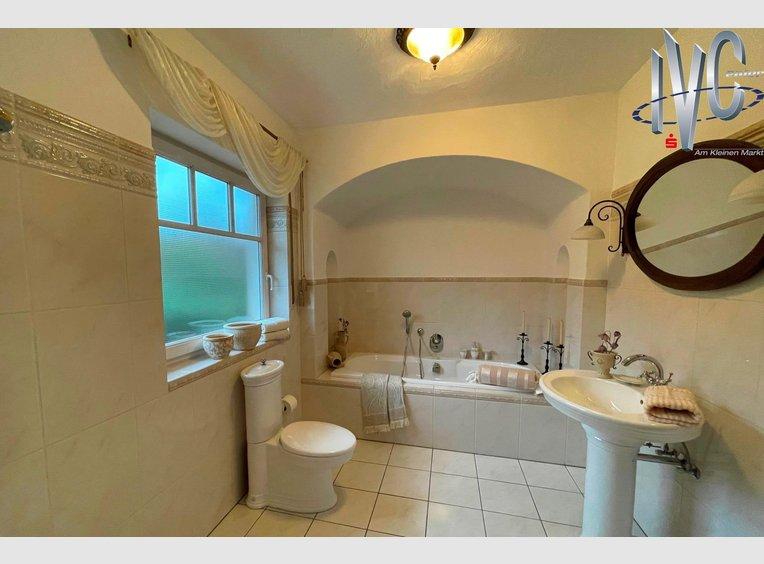 Haus zum Kauf 7 Zimmer in Lebach (DE) - Ref. 7140191
