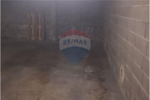Garage fermé à louer à Bascharage