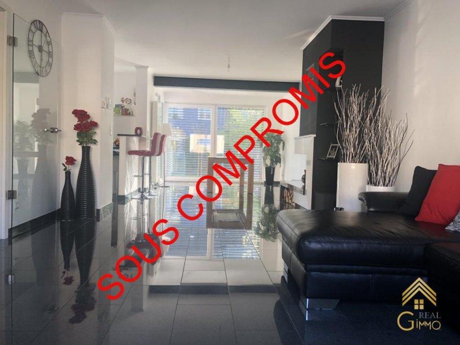 Maison jumelée à vendre 3 chambres à Luxembourg-Gasperich