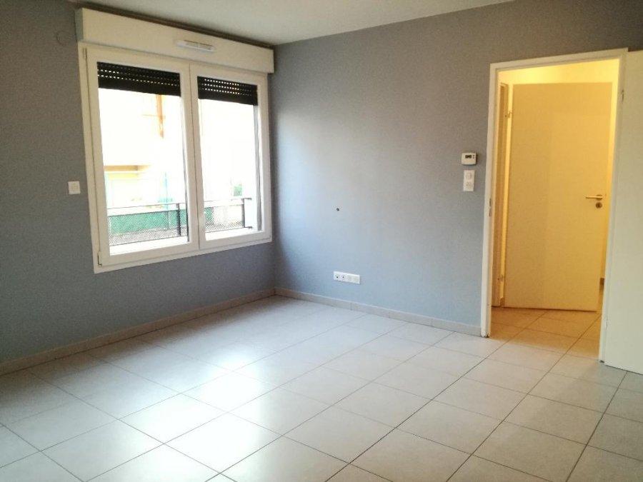 louer appartement 2 pièces 42.23 m² le ban saint-martin photo 2