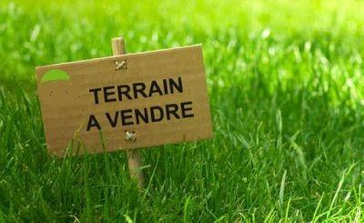 Terrain constructible à vendre à Viviers