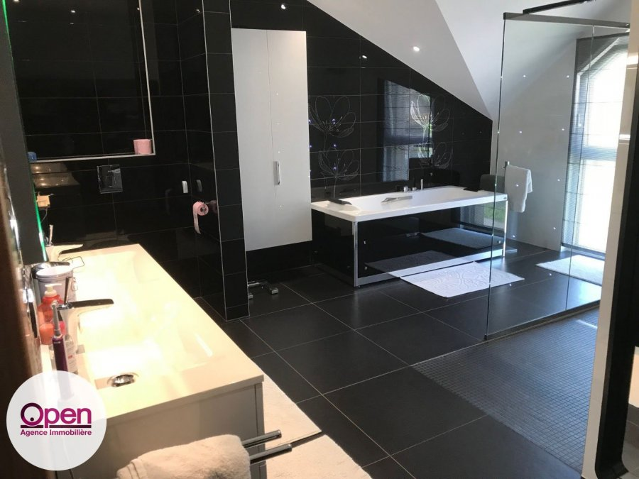 house for buy 8 rooms 372 m² rodemack photo 3