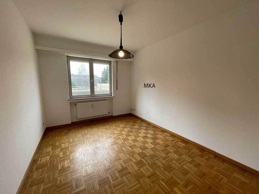 wohnung mieten 2 schlafzimmer 98 m² bereldange foto 6