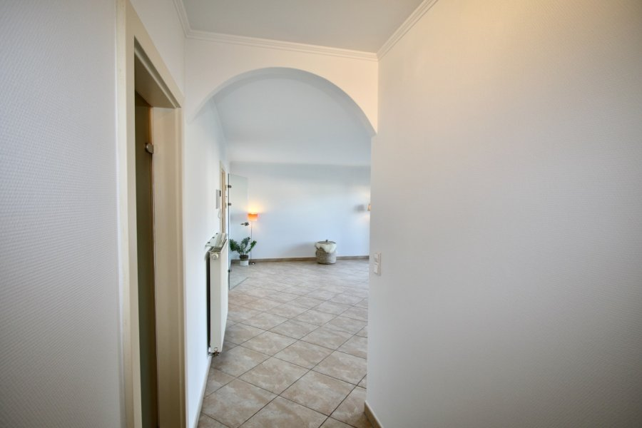 apartment for rent 2 bedrooms 90 m² strassen photo 5
