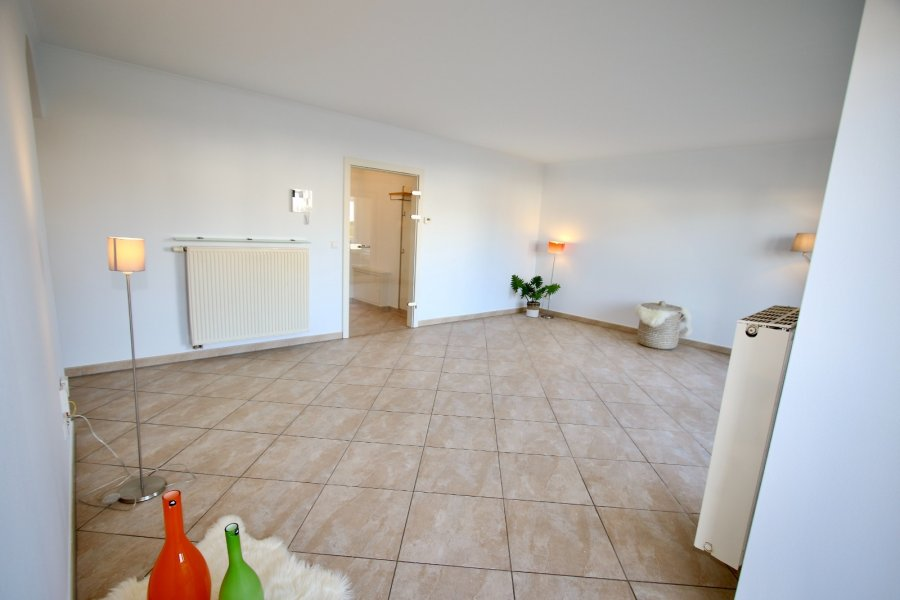 apartment for rent 2 bedrooms 90 m² strassen photo 7