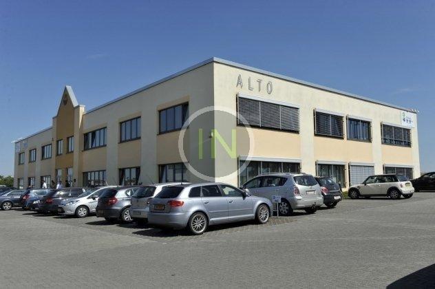 louer bureau 0 chambre 251.35 m² windhof photo 1