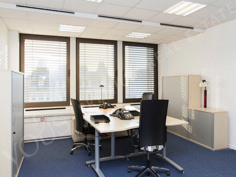louer bureau 0 chambre 70 m² luxembourg photo 2