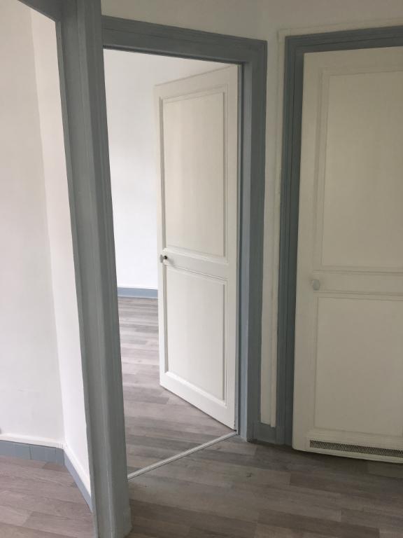 louer appartement 2 pièces 49.39 m² nancy photo 4