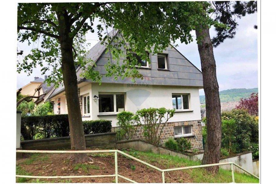 Maison à louer 3 chambres à Luxembourg-Beggen