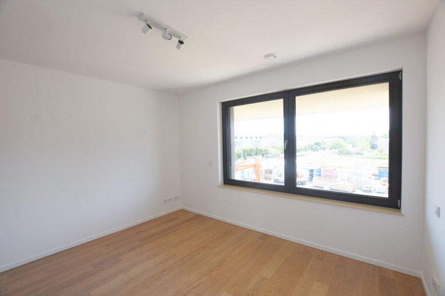 louer appartement 2 chambres 87.2 m² strassen photo 6