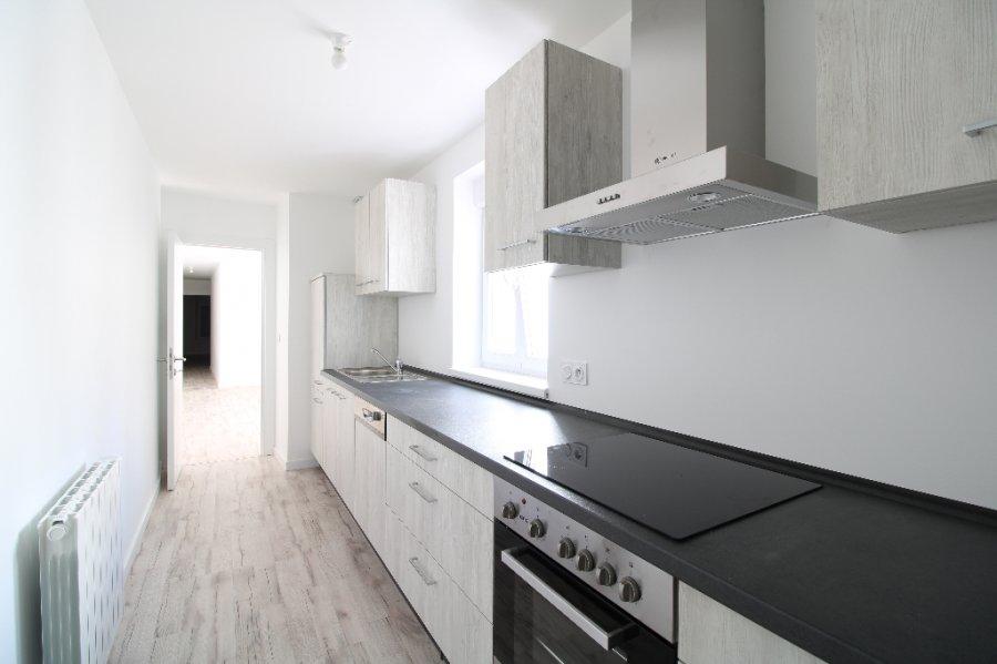 louer appartement 3 pièces 65 m² bouzonville photo 2