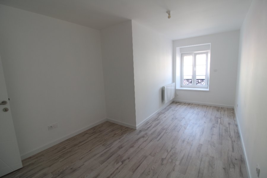 louer appartement 3 pièces 65 m² bouzonville photo 3