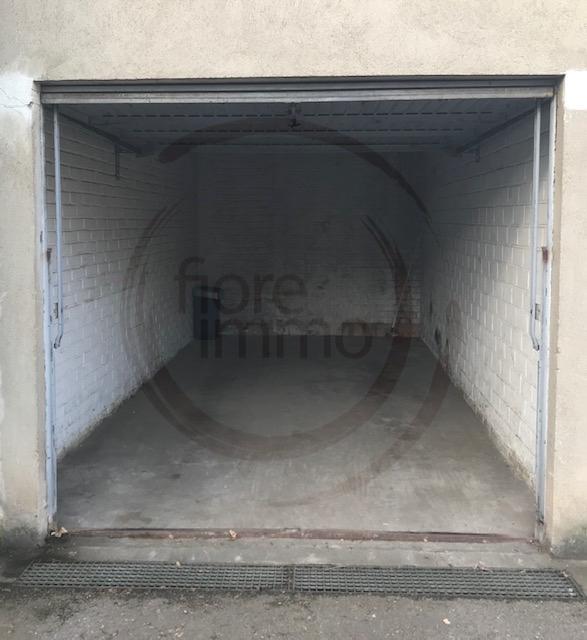 Garage - Parking à louer à Luxembourg-Limpertsberg