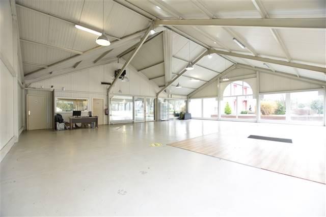 acheter local commercial 0 pièce 300 m² arlon photo 3