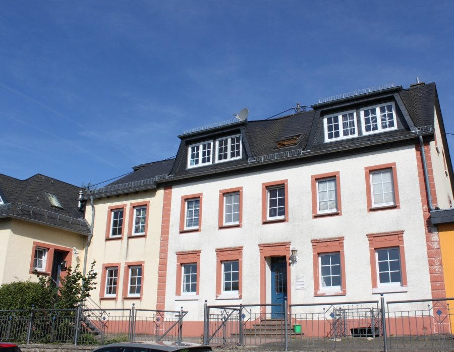 apartment for rent 9 rooms 186 m² karlshausen photo 1