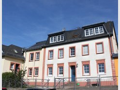 Apartment for rent 9 rooms in Karlshausen - Ref. 6938287