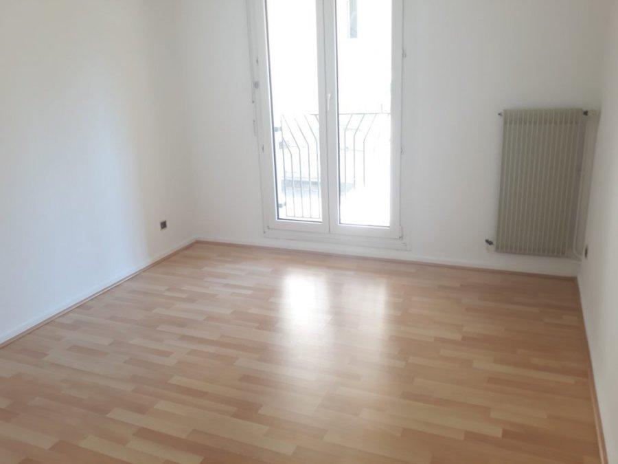 louer appartement 3 pièces 90 m² metz photo 4