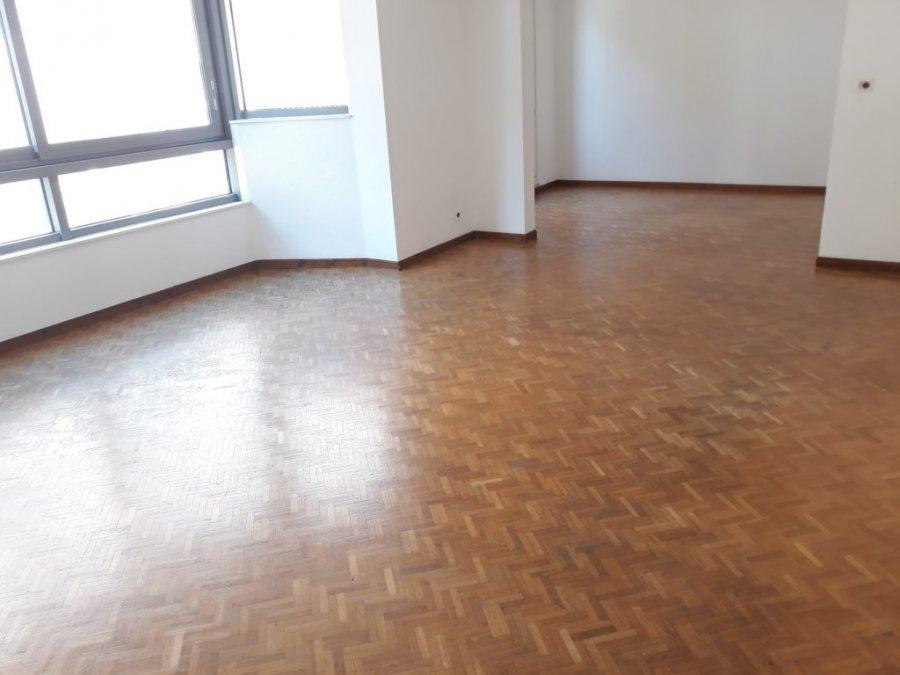 louer appartement 3 pièces 90 m² metz photo 3