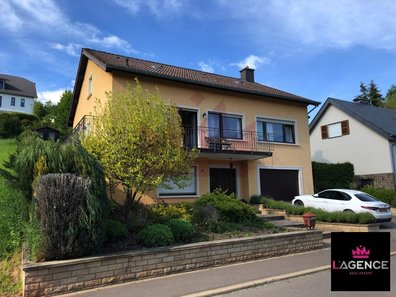 Detached house for sale 3 bedrooms in Ettelbruck - Ref. 6356159
