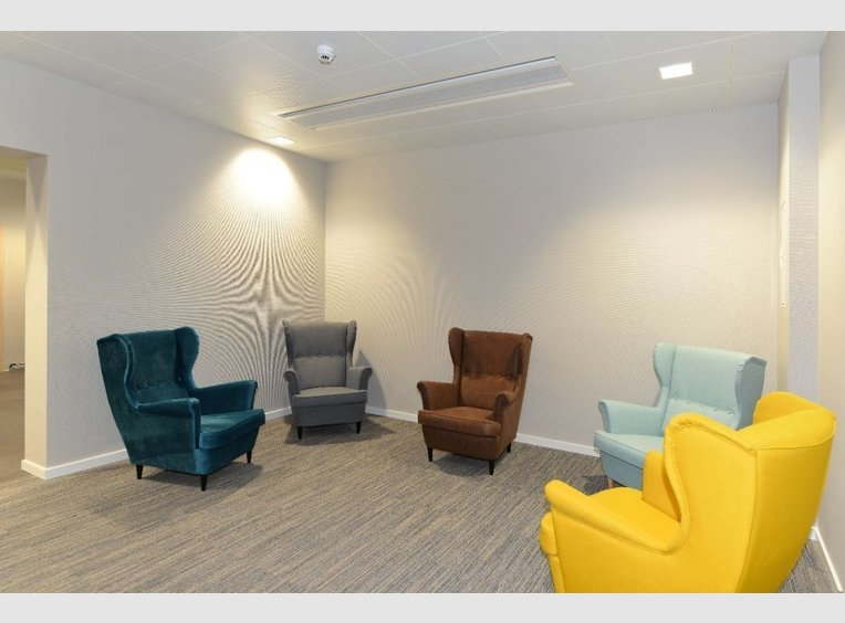 Bureau à louer à Windhof (LU) - Réf. 6131391