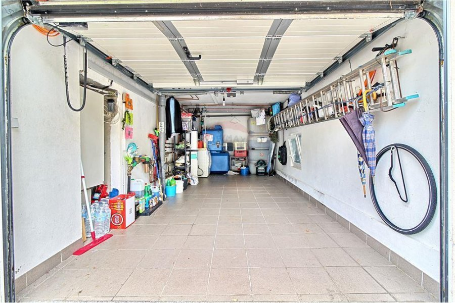 Maison à vendre 4 chambres à Gilsdorf