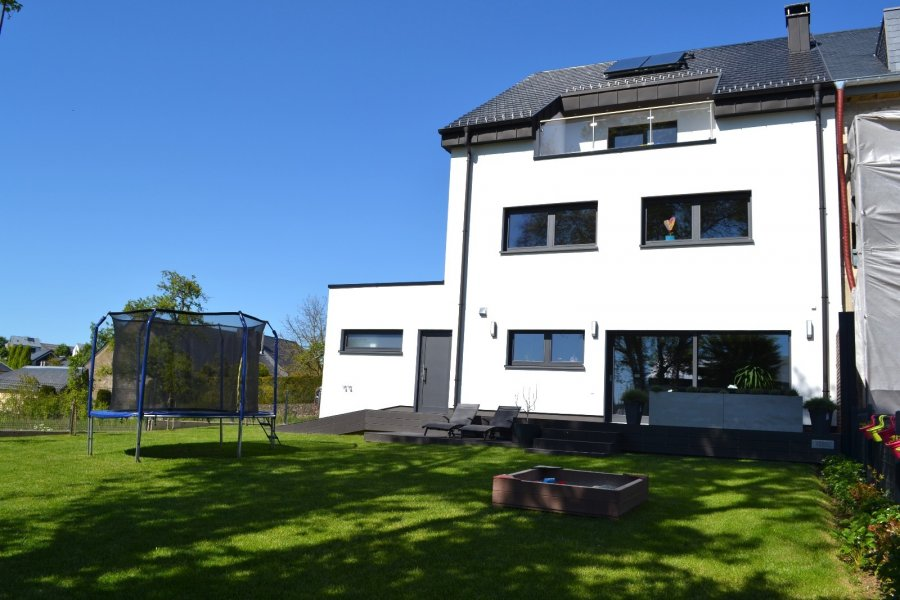 acheter maison jumelée 8 chambres 330 m² tuntange photo 2