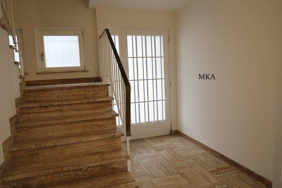 louer maison 4 chambres 180 m² bertrange photo 7