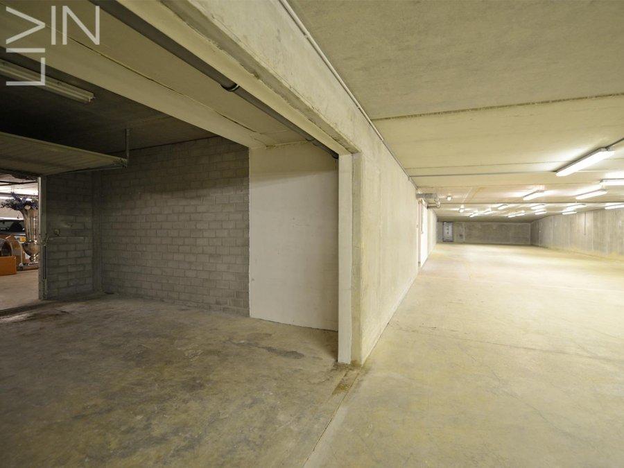louer entrepôt 0 chambre 365 m² sandweiler photo 2
