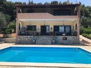 Villa à vendre 3 Chambres à Xylokastro - Réf. 6649055