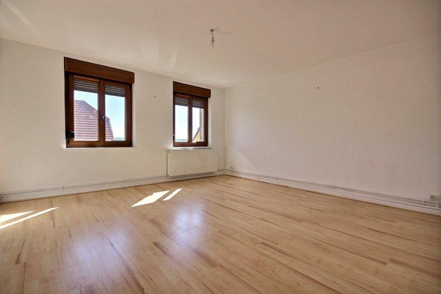 louer appartement 3 pièces 62 m² saint-privat-la-montagne photo 1